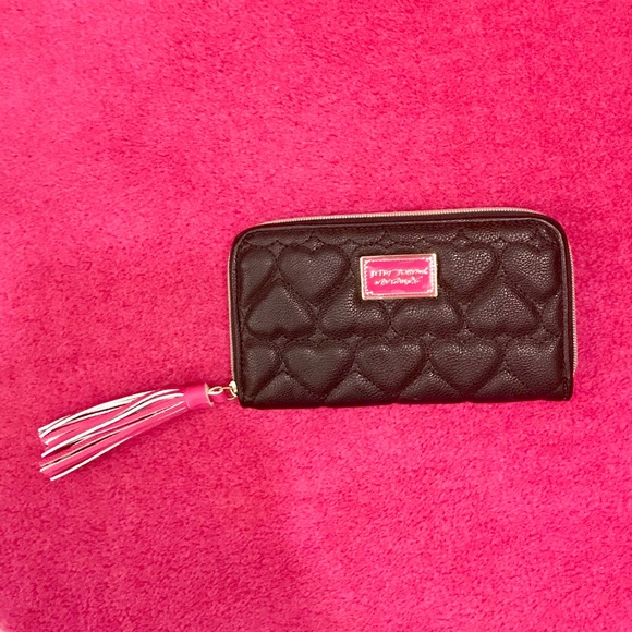 Betsey Johnson Handbags - Betsey Johnson Black Heart Quilted Wallet NWOT
